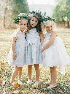 971d1b34d74ce1e3b44c5c8ff8d2101b--flower-girls-photos-boho-flower-girl-dresses
